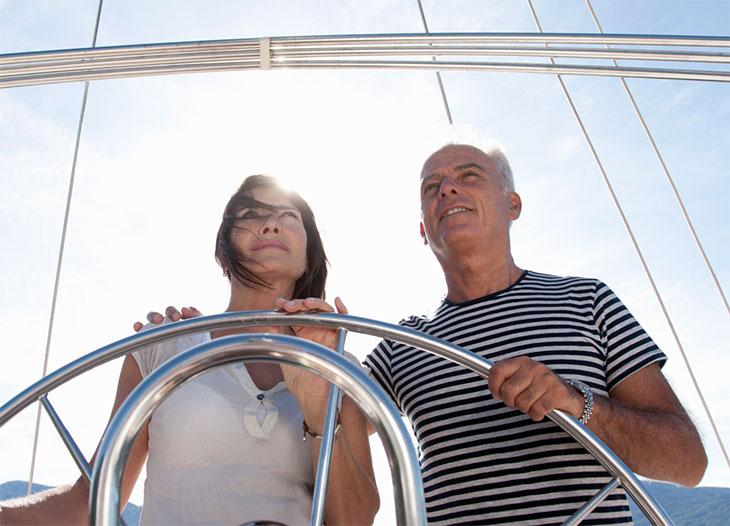 Покупка катера за границей: оформление документов